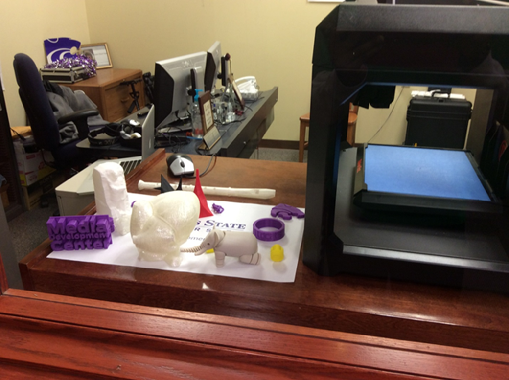 This photo shows the MakerBot (5th generation) Replicator at the Kansas State University Media Development Center